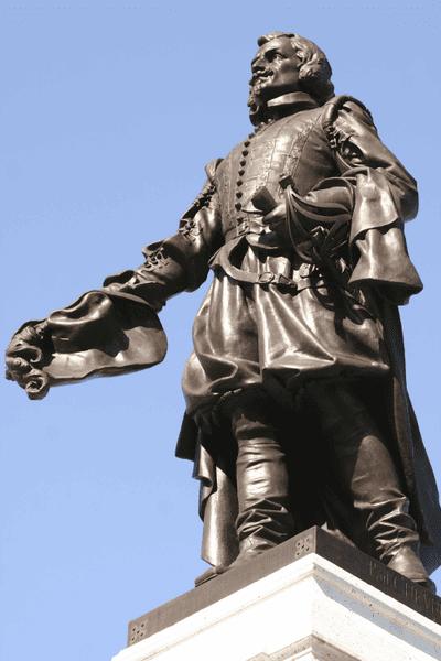 Памятник Шаплену