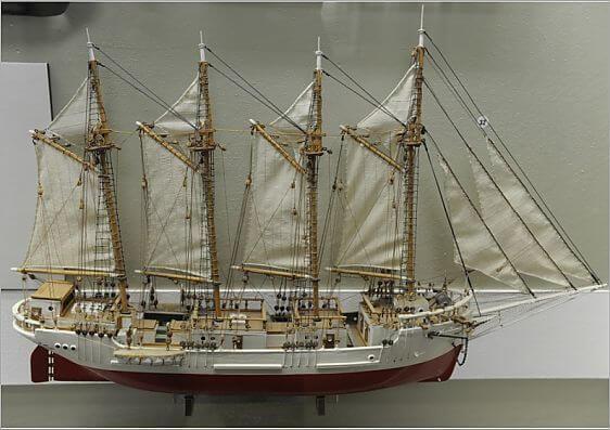 """Модель парусника """"Евразия"""" из Рижского морского музея, 1925"""